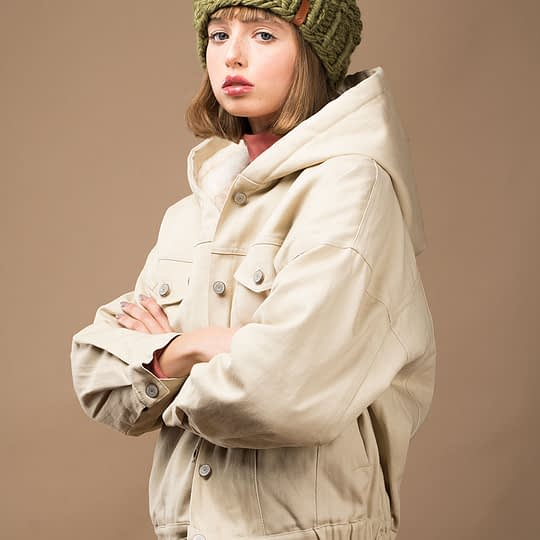 Czapka damska w kolorze khaki zimowa ciepła z wełny merynosa